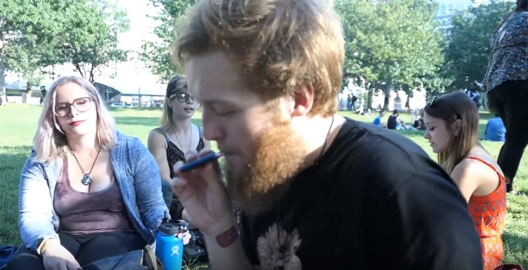 Vaping is the Best Option for a Stealth Toke